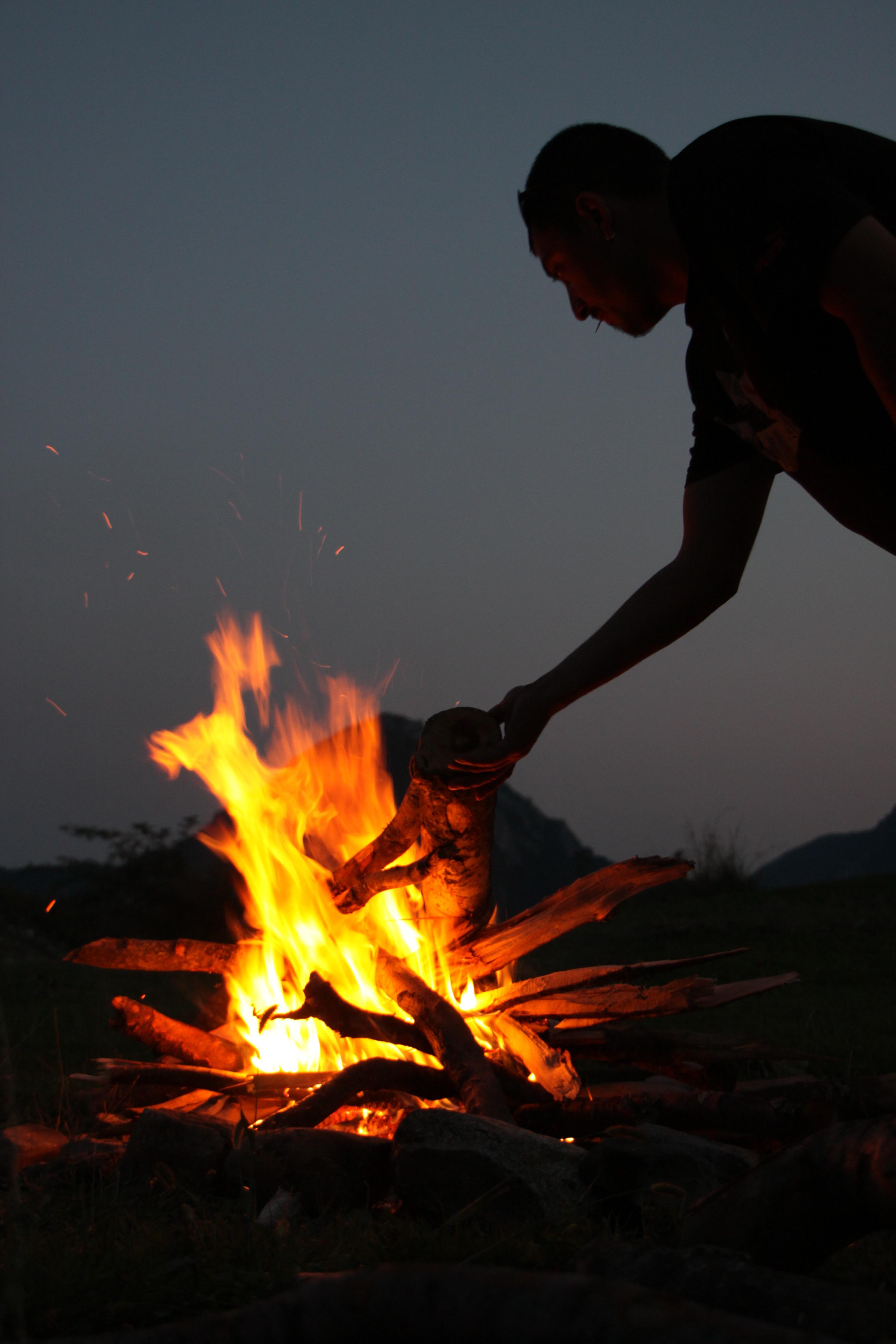 campfire-87377
